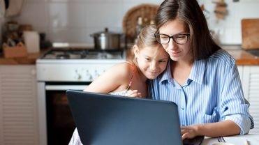 dzieci kochaja technologie